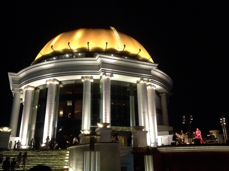 roof bar at lebua